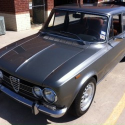 Roy Viana's 1972 Giulia Super 1.3L Sedan. (Photo courtesy of Roy Viana.)