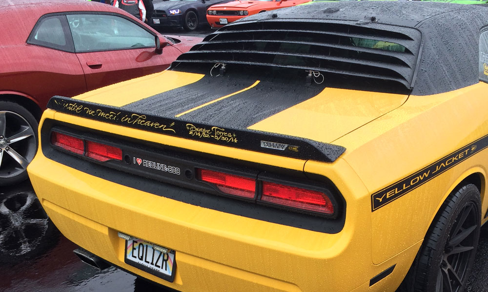 Yes, that's a Hawaii licence plate and '70s era rear window louvers on this Dodge Challenger SRT8.