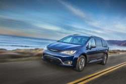 2018 chrysler vehicles. simple 2018 2018 chrysler pacifica hybrid on chrysler vehicles a