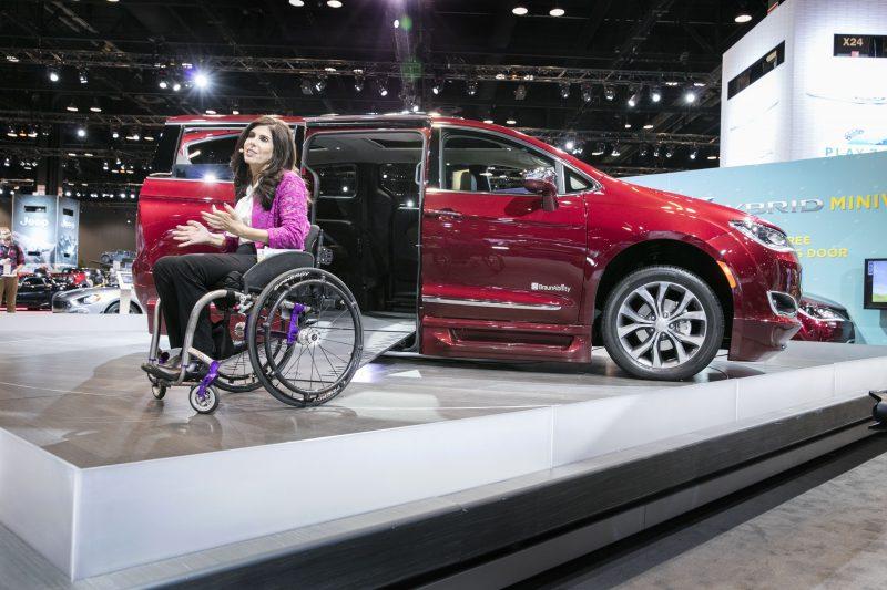 Chrysler Pacifica / Braun Automobility Spokesperson Cheryl Angelelli