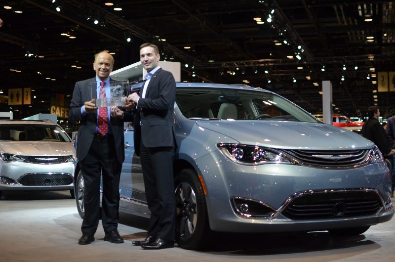 Drivers' Choice Award presentation at the Chicago Auto Show. (By Patrick Lucas, MotorWeek)